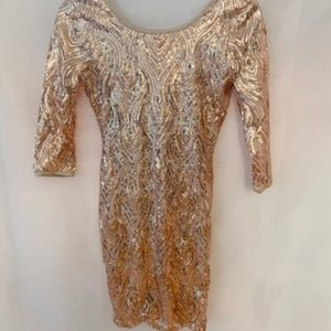 ROSE GOLD SEQUIN DRESS SIZE S